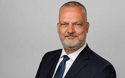 Zentralverband der Uhrmacher zieht nach Köln, Joachim Dünkelmann wird Geschäftsführer